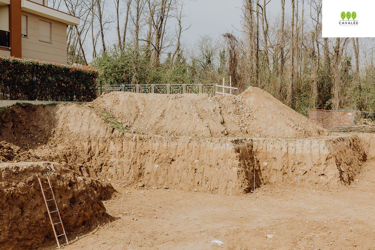 Fine scavo e inizio getto magrone